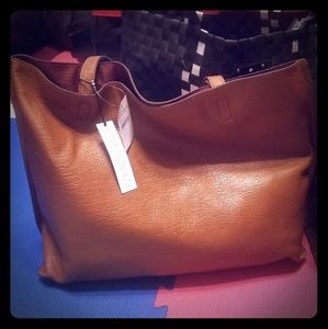 NWT! Reversible Faux Leather Tote